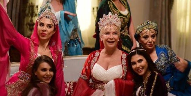 İstanbullu Gelin'den Yasak Elma'ya gitmişti, şimdi yeni dizisiyle geliyor…