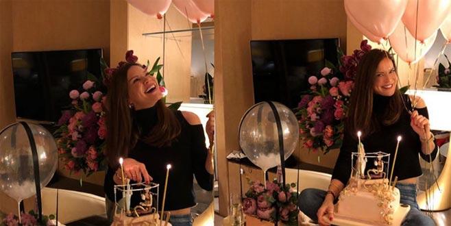 Ebru Şallı doğum gününü kutladı!