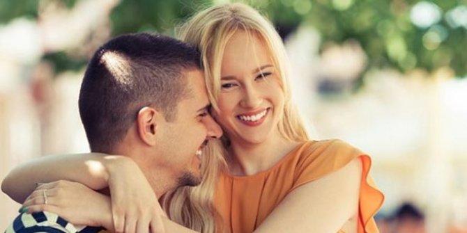 14 Şubat Sevgililer Günü hangi güne denk geliyor? En özel mesajlar