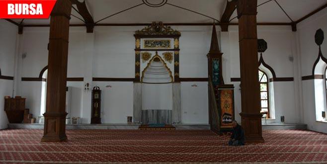 Tarihi camiden 9 yıl önce çalınan hat, antikacıya satılmaya getirilince…
