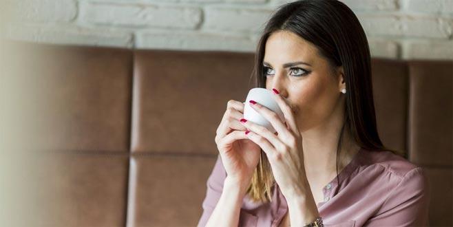 Sigarayı bırakacaklara karanfil-melisa çayı önerisi!