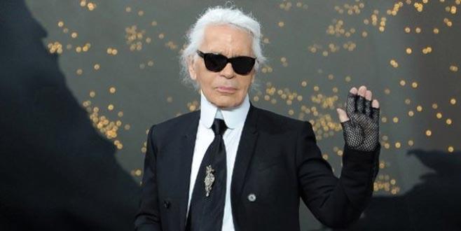 Dünyaca ünlü modacı Karl Lagerfeld, hayatını kaybetti
