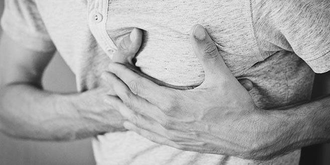 Ameliyatsız kalp kapak tamiriyle hasta riskleri en aza iniyor