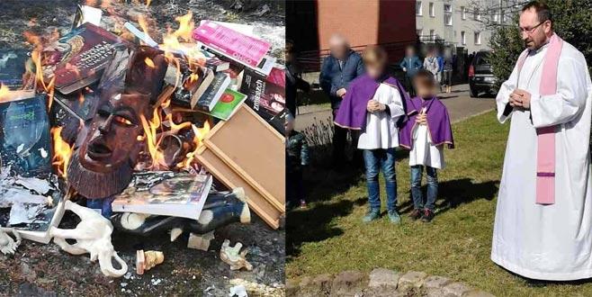 Polanyalı papazlar Harry Potter'ı yaktı