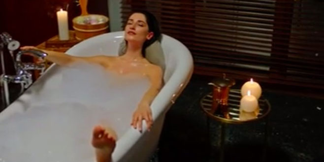 Fenomen dizi, banyo sahnesiyle tepki topladı