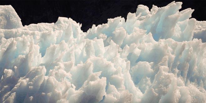 Kuzey Kutbu'ndaki donmuş toprakların erimesi 70 trilyon dolara mal olacak
