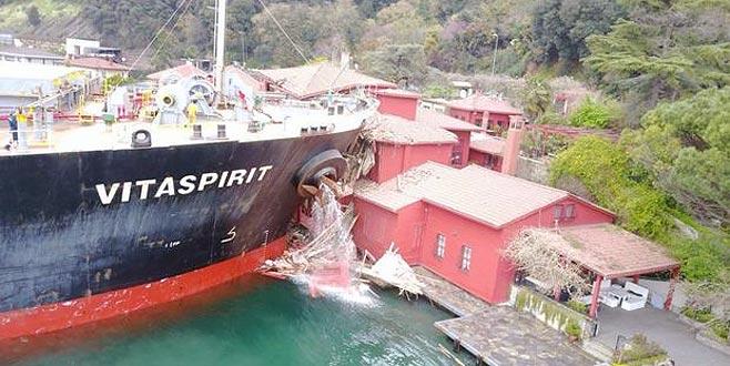 Tarihi yalıya çarpan geminin sahibinin ödeyeceği miktar belli oldu