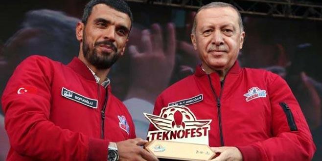'Erdoğan'ı indirmek için bir oldunuz' diyerek ünlülere ateş püskürdü