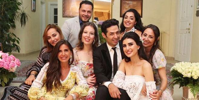 Mert Fırat'tan romantik paylaşım: 1 yıl 1 ay gibi geçti