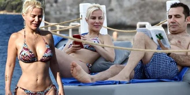 Ömür Gedik'ten bikini şov!