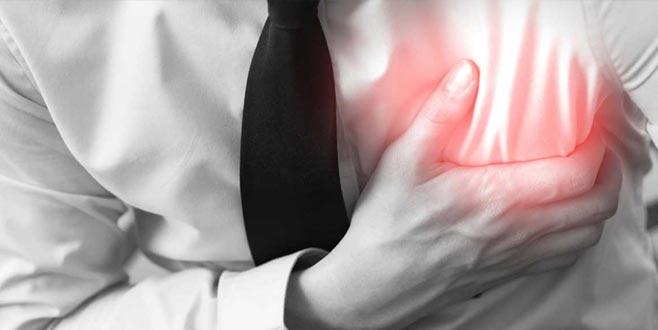 Aklınıza gelmeyebilir ama… Bu iki sorun kalp krizi habercisi olabilir