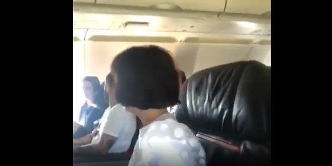 Bursalı oyuncu uçakta büyük panik yaşadı!