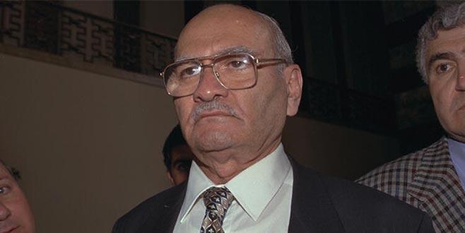 Eski Devlet Bakanı hayatını kaybetti