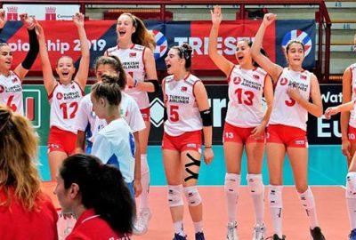 16 Yaş Altı Kız Voleybol Milli Takımı Avrupa Şampiyonu