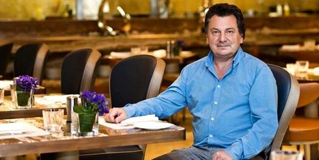 Ünlü yemek eleştirmeni Vedat Milor, saldırıya uğradı