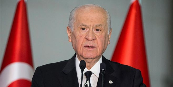 Bahçeli'den HDP'li belediye başkanlarının görevden alınmasıyla ilgili açıklama