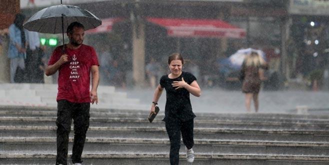 Meteoroloji'den kuvvetli yağış uyarısı! Bu illerde yaşayanlar dikkat
