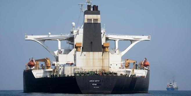 İran tankerininrotası Yunanistan