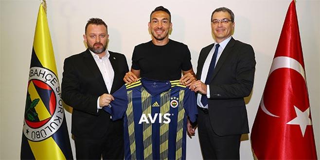 Mevlüt Erdinç resmen Fenerbahçe'de