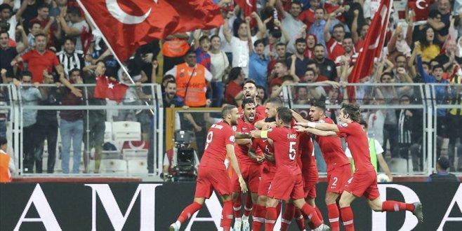 Milliler Andorra'yı tek golle geçti