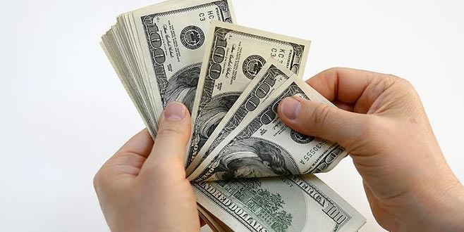 Dolardan faiz kararına ilk tepki