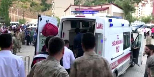 Minibüs şarampole devrildi: 10 ölü, 7 yaralı