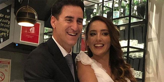 Ünlüoyuncu evlendi