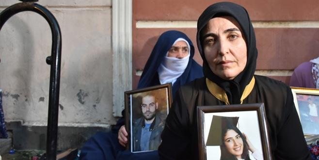 Diyarbakır'da evlat nöbeti sürüyor! Bir acılı anne de Bursa'dan…