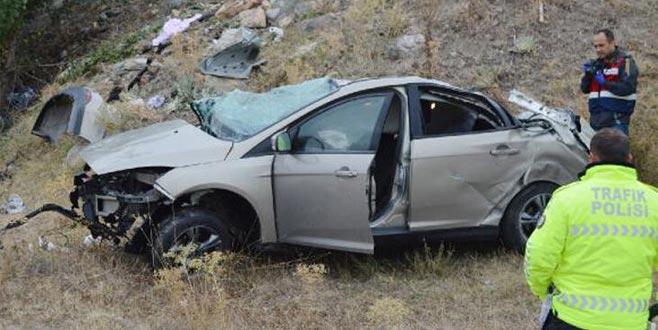 Otomobil takla attı! Ölü ve yaralılar var…
