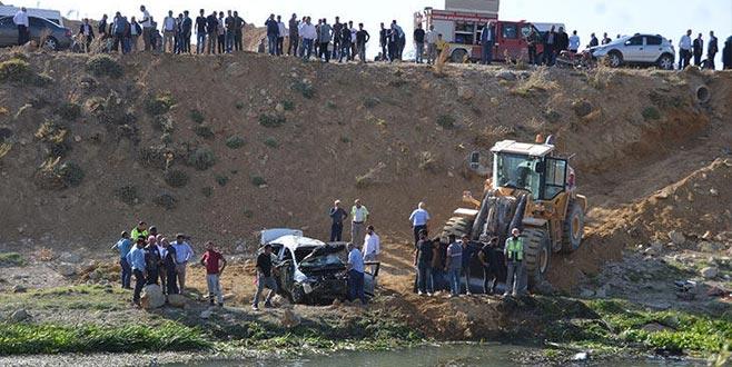 Taziye yolunda kaza: 2 ölü, 3 yaralı