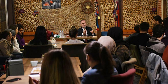 Başkan Taban üniversite öğrencileriyle buluştu