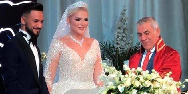 Dün akşam evlenen Selin'den ilk hamle! Anında değiştirdi