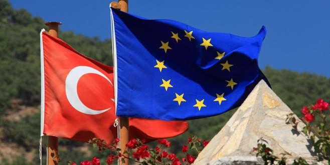 Avrupa Türkiye'nin büyüme tahminini yükseltti