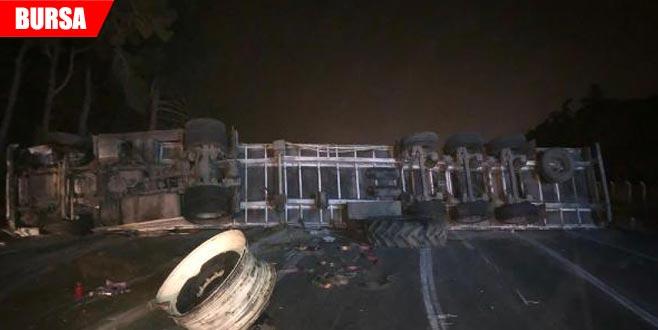 Korkunç kaza! Yol trafiğe kapandı…