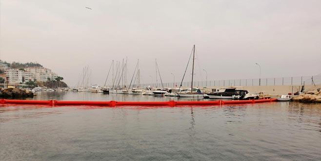 Mudanya'da denize yabancı madde bıraktığı belirlenen lüks yata ceza