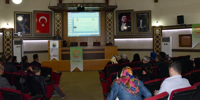 İnegöl Evlilik Okulu'nda 'helal gıda' konferansı