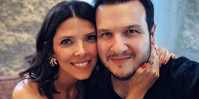 Şahan Gökbakar'ın eşi kırmızı elbisesiyle geceye damga vurdu!