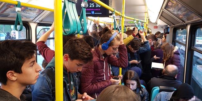 Bursa'da metro durdu, hayat kurtuldu