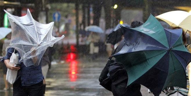 Meteorolji'den ciddi uyarı! Fırtına ve yağışlara dikkat!