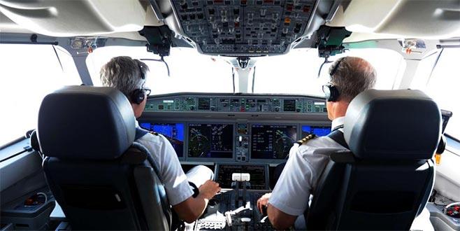 Pilotlar alkollüyakalandı