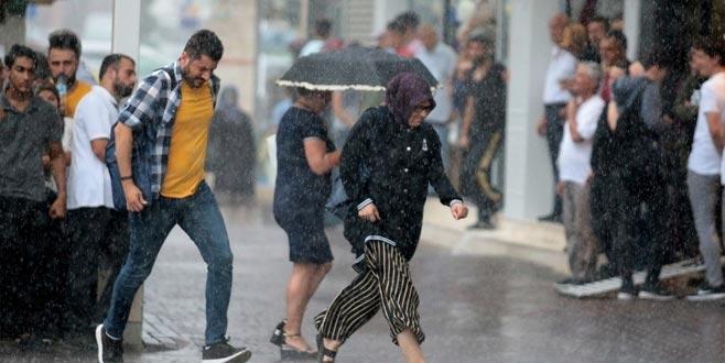 Meteoroloji'den sağanak yağmur ve kuvvetli lodos uyarısı! O günlere dikkat