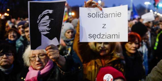 Bolonya'da 'bağımsız yargı' isyanı