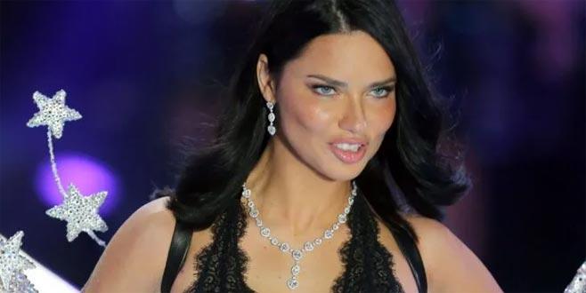 Adriana Lima, eski aşkını unutamadı