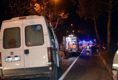 Bursa'da feci kaza: 2'si ağır 10 yaralı
