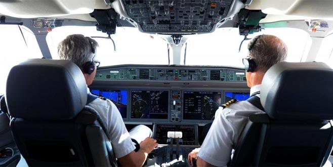 Pilotlar alkollü yakalandı