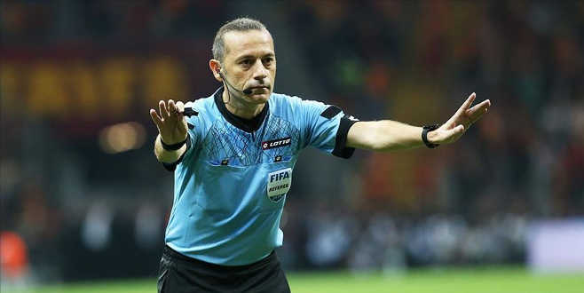 Süper Lig'de hakemler açıklandı… F.Bahçe-Trabzon maçını…