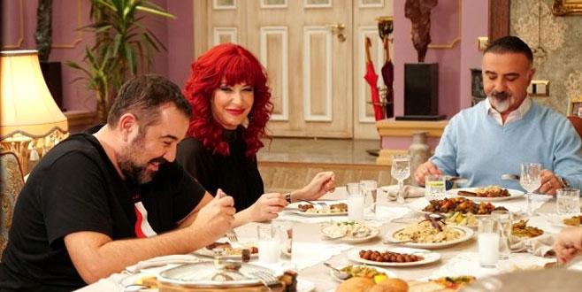 Ata Demirer, Jet Sosyete'nin yılbaşı özel bölümüne konuk oyuncu oldu