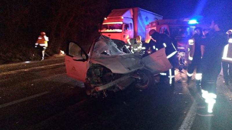 Bursa'da korkunç kaza! Hurda yığınına dönen araçta can verdi