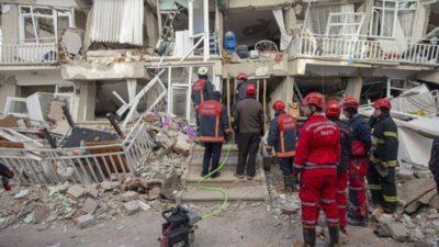 Deprem sırasında kalp krizinden öldü
