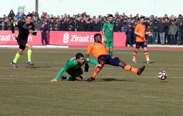 Başakşehir şokta… 2.Lig takımı çeyrek finalde